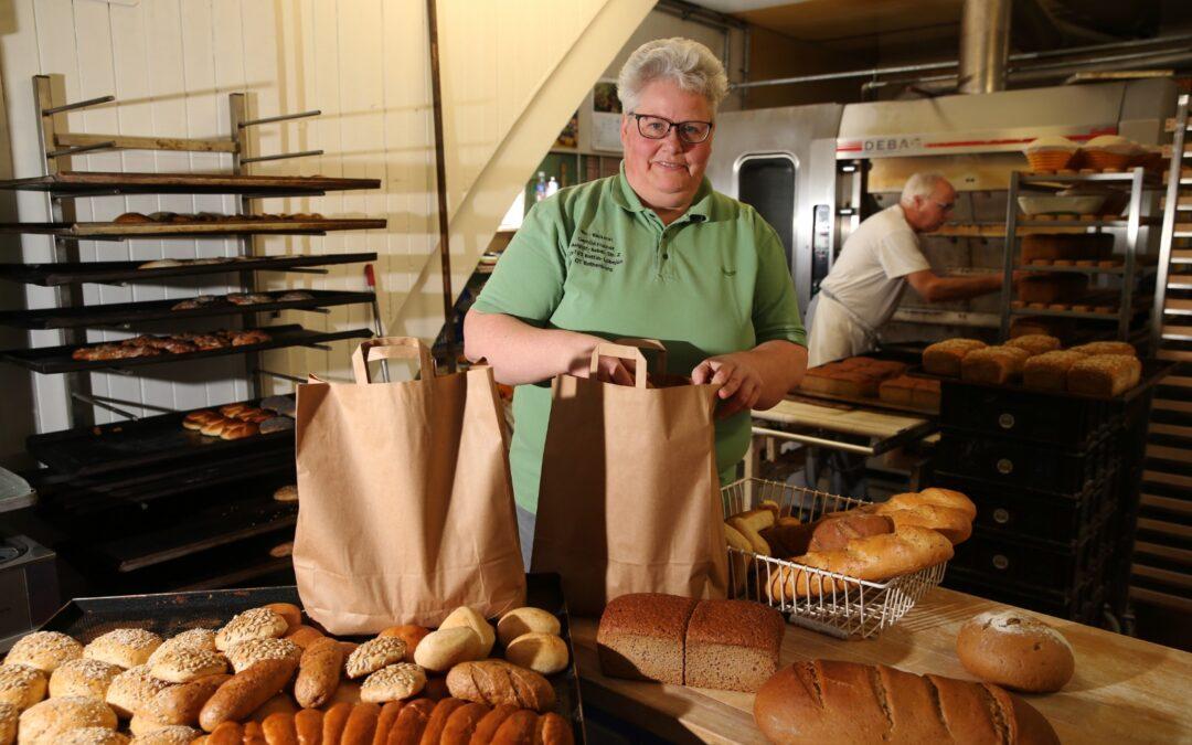 """""""Handgemacht- digital verkauft """" Online-Bestell-und Zahlungssystem für die Bio-Bäckerei"""